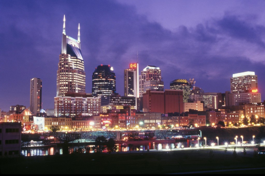 nashville-skyline-at-night